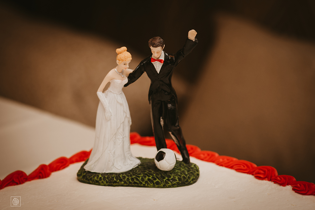 cake topper at small Virginia wedding