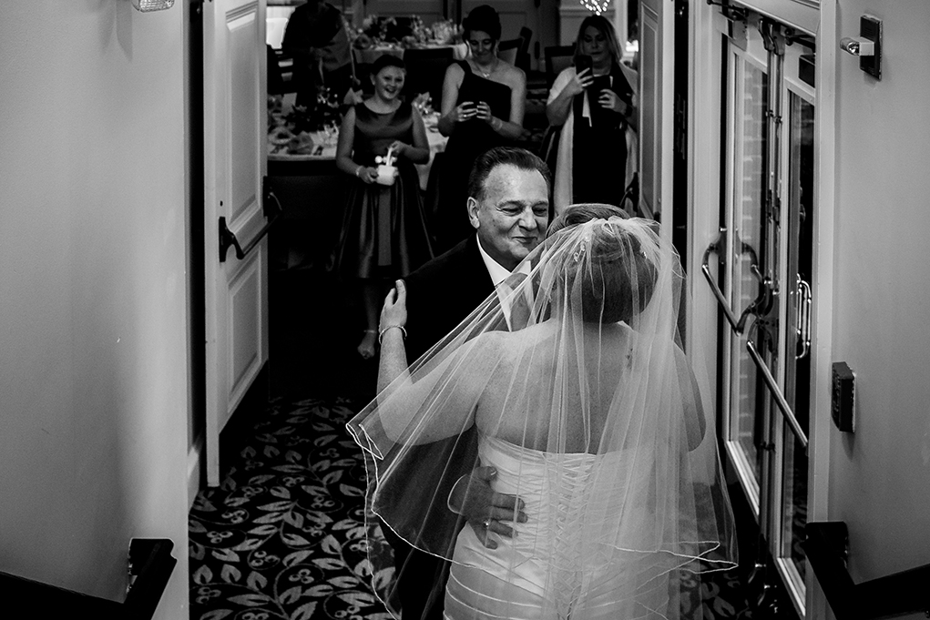 Wedding at the Mount Vernon Country Club in Alexandria Virginia photographed by Potok's World Photography based in Washington DC