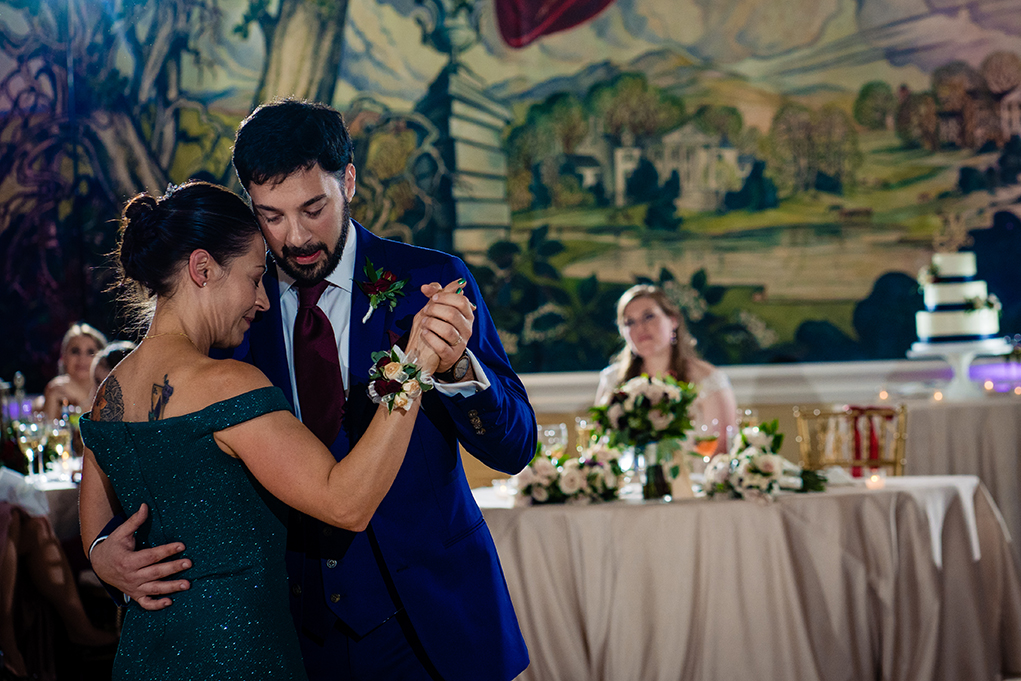 Mother and son dance at wedding reception at the Omni Shoreham DC wedding by DC wedding photographers Potok's World Photography