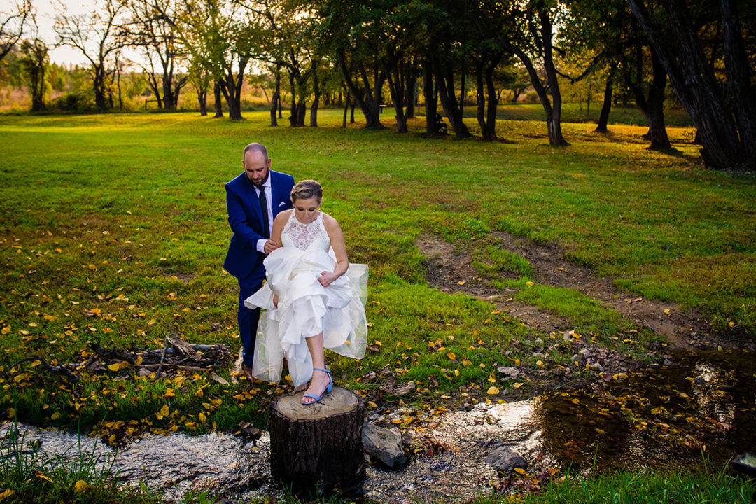 Fall outdoor couples portraits at Vanish Brewery in Virginia by DC wedding photographers of Potok's World Photography