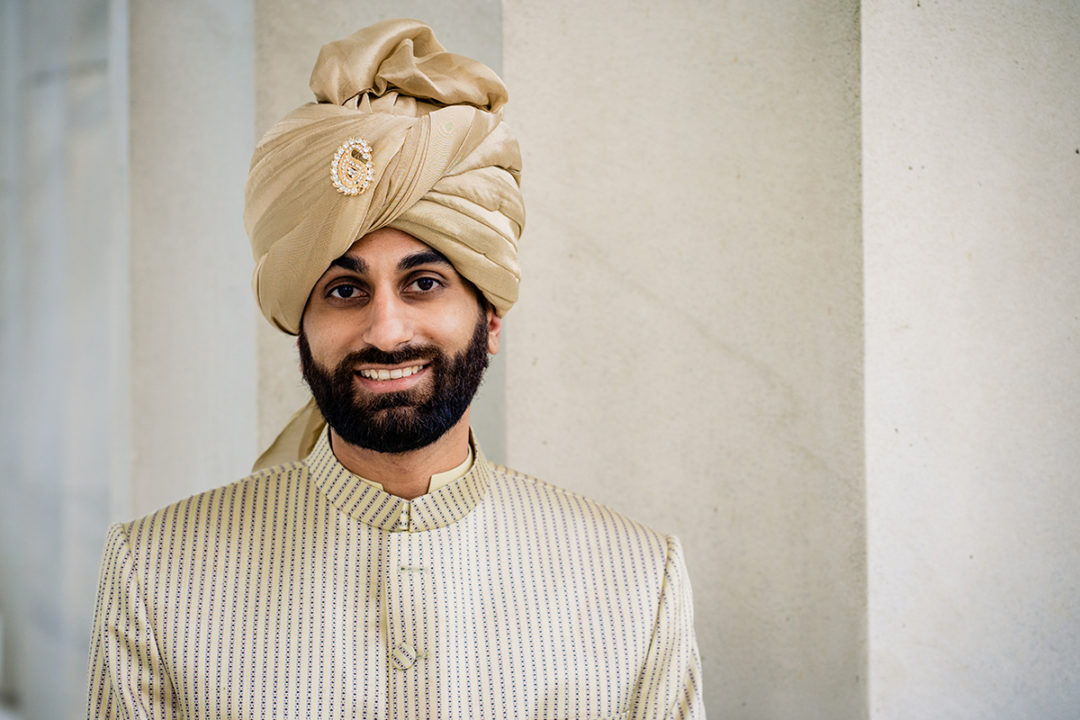 Traditional south-asian groom portrait at the Lincoln Memorial by DC wedding photographer Potok's World Photography