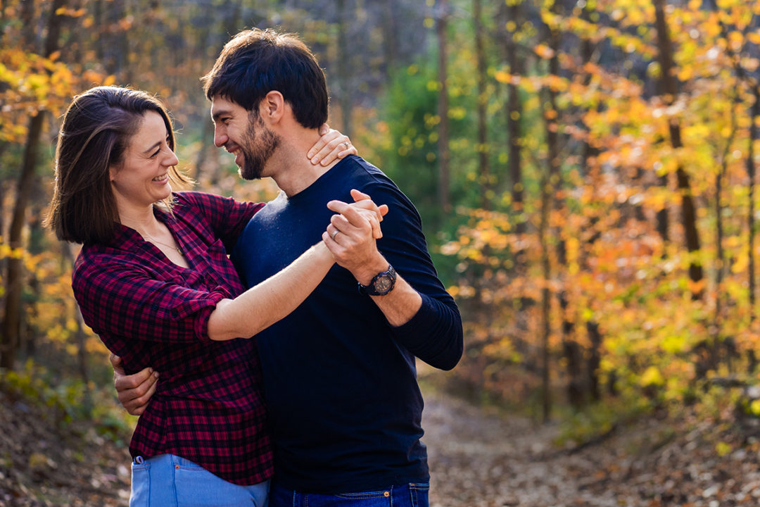 Hiking engagement photos at Scott's Run Nature Preserve in Northern Virginia by DC wedding photographers of Potok's World Photography