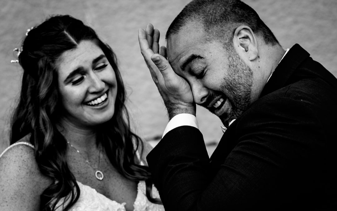 8 Questions to Make Sure You Ask Wedding Photographers Before Hiring Them